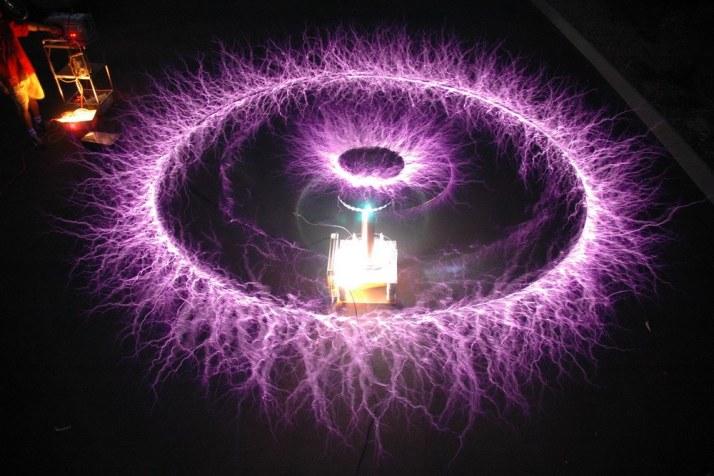 8-inventos-olvidados-que-Nikola-Tesla3